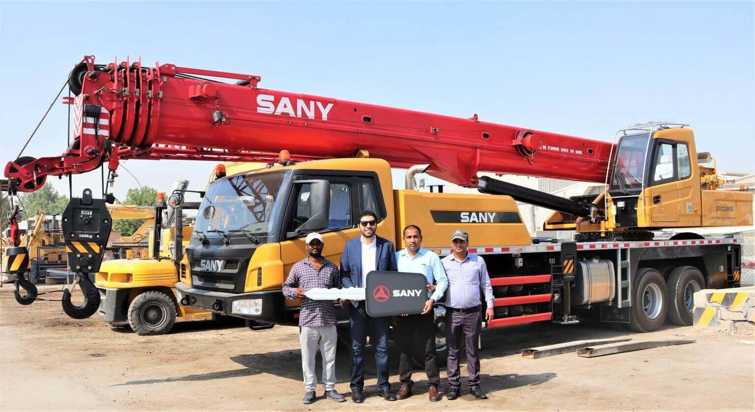 Jaidah Group delivers Sany 30 Ton crane to Alba Heavy Equipment<