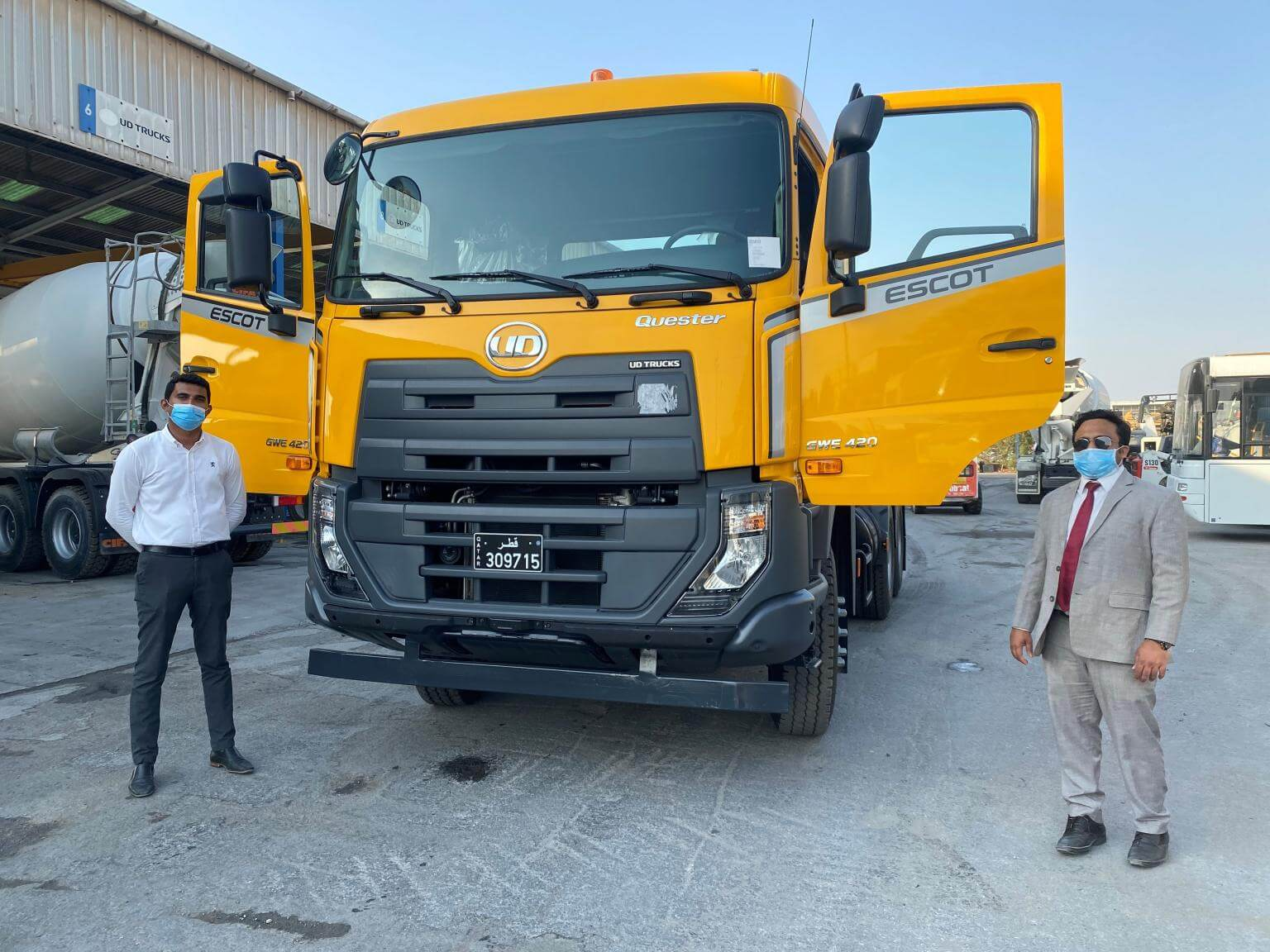UD Truck's New Quester with ESCOT automatic transmission delivered to a leadi...<